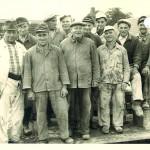 Gruppenbild der Bauarbeiter